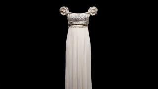 Dior: από το Παρίσι στην κορυφή του κόσμου με 200 θρυλικές δημιουργίες