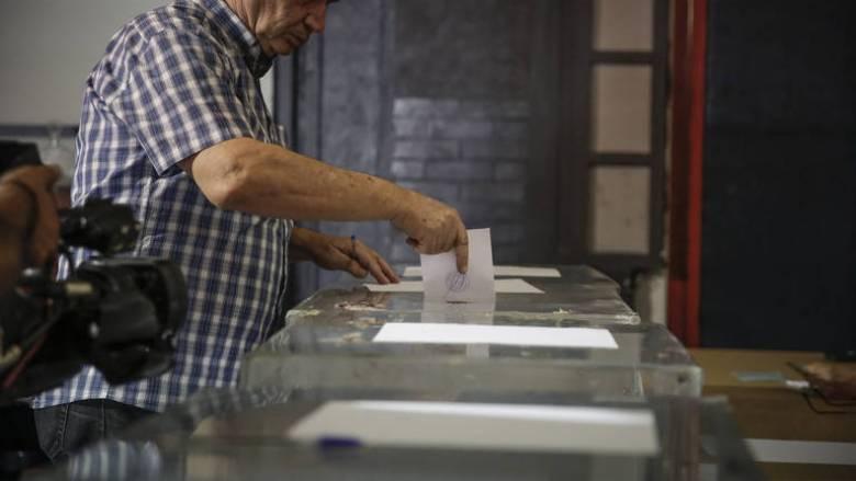 Νέα δημοσκόπηση: Ανοίγει η «ψαλίδα» υπέρ της ΝΔ