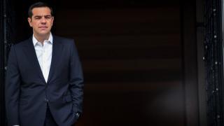 Corriere della Sera: Ο Τσίπρας συμβούλευσε την Ιταλία να υποχωρήσει στην κόντρα με τη ΕΕ