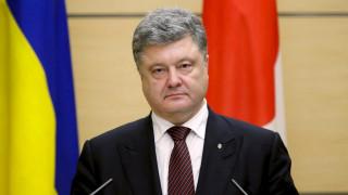 Ουκρανία: Ο πρόεδρος Ποροσένκο ζητεί από το κοινοβούλιο της χώρας να κηρύξει στρατιωτικό νόμο