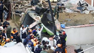 Κωνσταντινούπολη: Στρατιωτικό ελικόπτερο συνετρίβη σε πολυσύχναστη συνοικία