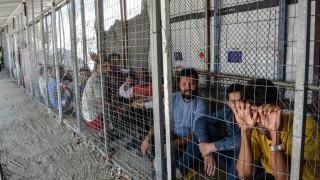 Guardian: Προ των πυλών μεταναστευτική κρίση στην Ελλάδα λόγω περικοπών δαπανών