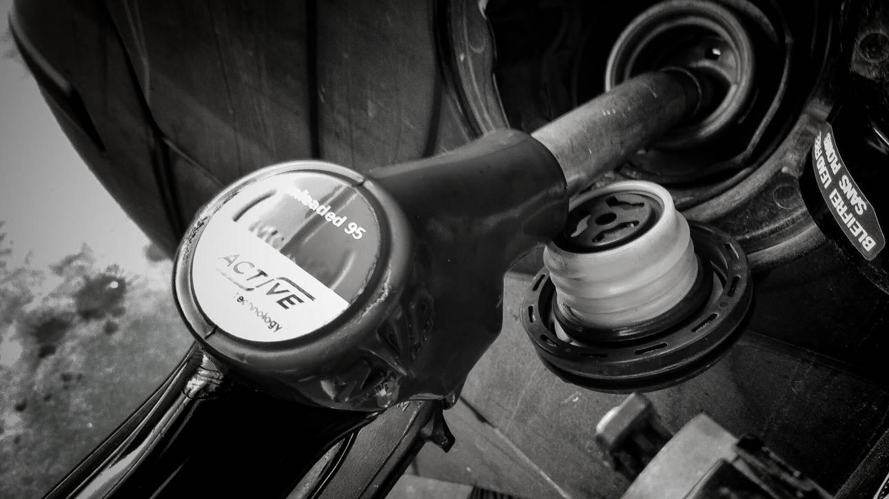 Με παραβάσεις και νοθευμένα καύσιμα το 62% των πρατηρίων