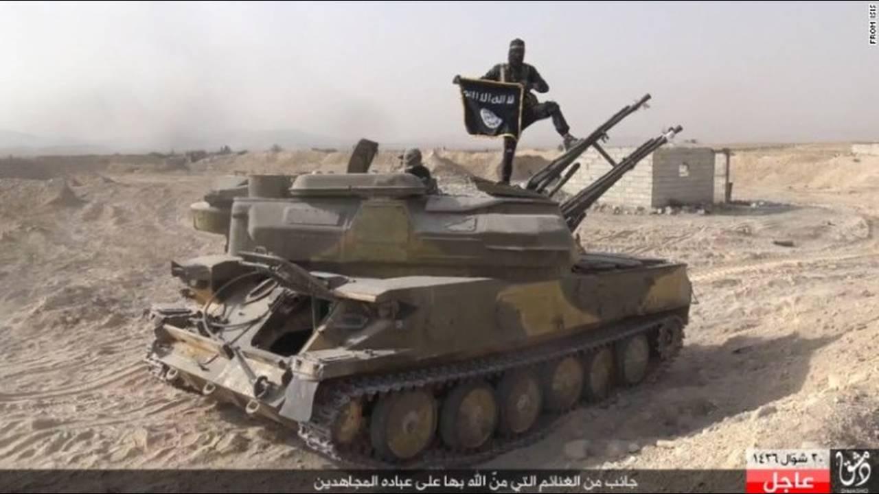 https://cdn.cnngreece.gr/media/news/2018/11/28/156301/photos/snapshot/150807153316-05-isis-syria-0806-exlarge-169.jpg