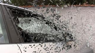 Απίστευτη διάσωση: Γλίτωσαν δευτερόλεπτα πριν τους διαμελίσει διερχόμενο αμάξι