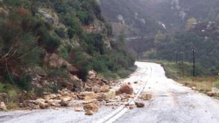 Η «Πηνελόπη» σάρωσε τη Μυτιλήνη: Πλημμύρισαν χείμαρροι - Μεγάλες καταστροφές