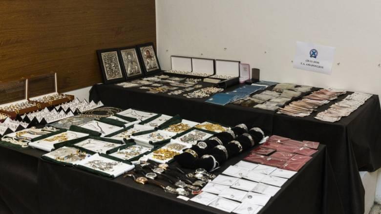 Αποκαλυπτικές συνομιλίες του κυκλώματος λαθρεμπορίας χρυσού – Ο ρόλος του γνωστού ενεχυροδανειστή
