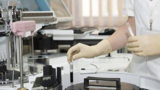 Ο Έλληνας ογκολόγος που είπε πως «ο καρκίνος νικιέται» συμβουλεύει: Ποιες εξετάσεις πρέπει να κάνετε