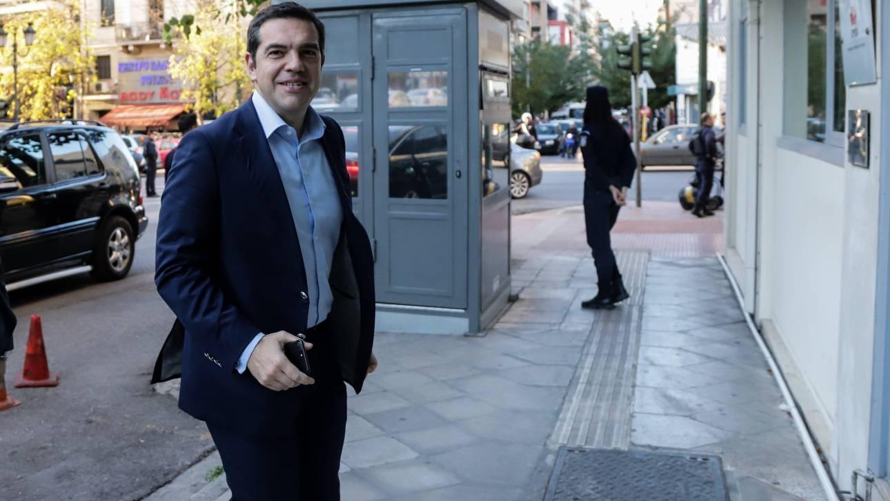 Δήμος Αθήνας: Διορία δύο ημερών ζήτησε ο Τσίπρας για να πείσει τον «άγνωστο Χ»