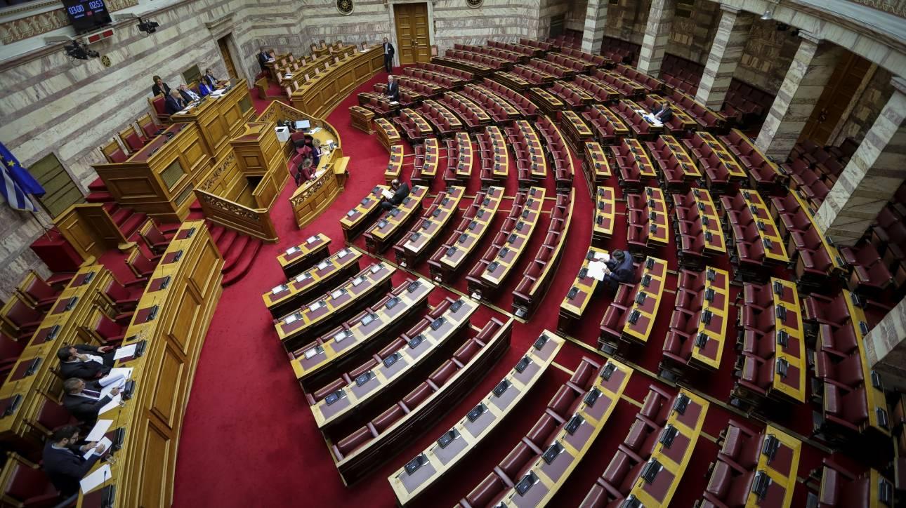Σφοδρή αντιπαράθεση για τις σχέσεις κράτους - εκκλησίας στην επιτροπή για το Σύνταγμα