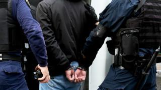 Συνελήφθη 36χρονος στην Αθήνα για απόπειρα ανθρωποκτονίας, ληστείες και κλοπές