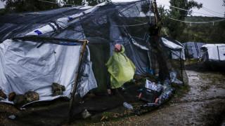 Μόρια: Στο έλεος της κακοκαιρίας οι πρόσφυγες