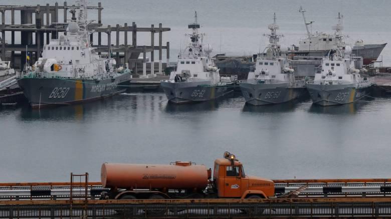 Σε φυλακές στη Μόσχα μεταφέρθηκαν οι 24 Ουκρανοί ναύτες που συνελήφθησαν στην Κριμαία