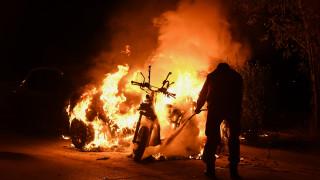 Σοβαρά επεισόδια και συλλήψεις στο ΣΕΦ πριν από το Ολυμπιακός - Μπουντούτσνοστ: Κάηκαν οχήματα