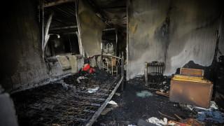 Θεσσαλονίκη: Απεγκλώβισαν ηλικιωμένη από φλεγόμενο διαμέρισμα
