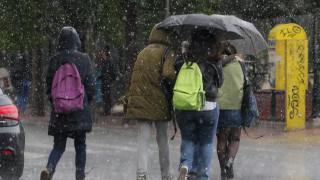Καιρός: Βροχές και καταιγίδες αύριο