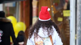 Εορταστικό ωράριο Χριστουγέννων: Αυτές τις Κυριακές θα είναι ανοιχτά τα καταστήματα