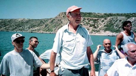 Τζορτζ Μπους: Όταν η Ελλάδα υποδέχτηκε τον 41ο πρόεδρο των ΗΠΑ
