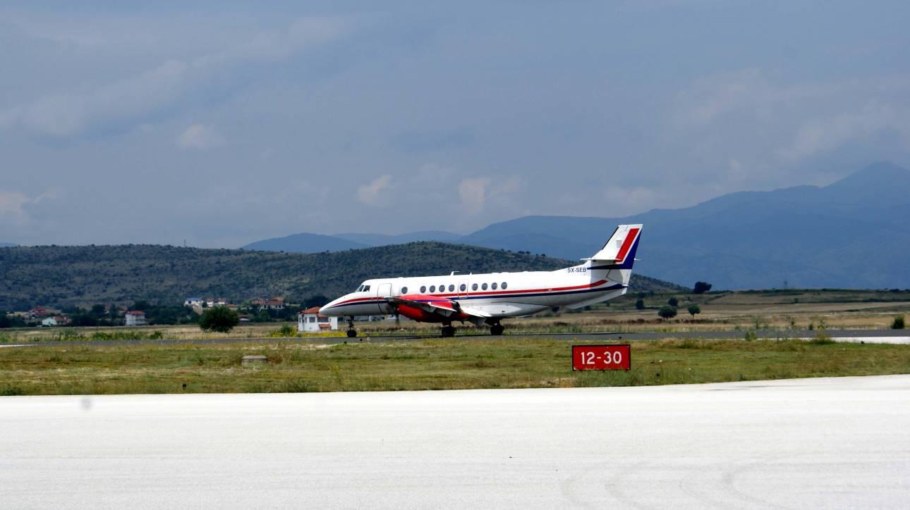 «Το αεροπλάνο ήταν έρμαιο των ανέμων»: Πτήση «τρόμου» από τη Σύρο στην Αθήνα