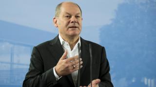 Σολτς: Τα υψηλά κρατικά χρέη συνεχίζουν να εγείρουν κινδύνους