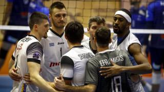 Volleyleague: Συνέχισαν με νίκες Ολυμπιακός και ΠΑΟΚ