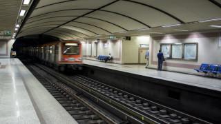 Άνδρας έπεσε στις γραμμές του Μετρό - Έκλεισαν οι σταθμοί Ευαγγελισμός και Μέγαρο Μουσικής