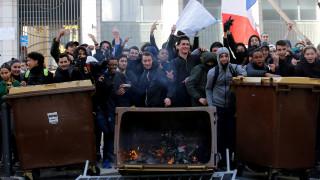 Συνεχίζεται το χάος στη Γαλλία: Επεισόδια σε λύκεια και εμπρησμός στην Τουλούζη
