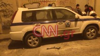 Επίθεση με πέτρες και μολότοφ στο σπίτι του Φλαμπουράρη στα Εξάρχεια