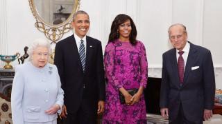 H Ομπάμα αποκάλυψε τι της είπε η Ελισάβετ για το βασιλικό πρωτόκολλο!