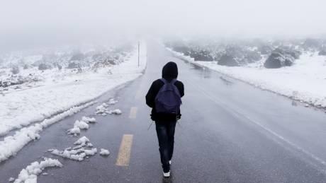 Καιρός: Έρχονται (ξανά) χιόνια και καταιγίδες – Πού και πότε θα είναι ισχυρά τα φαινόμενα