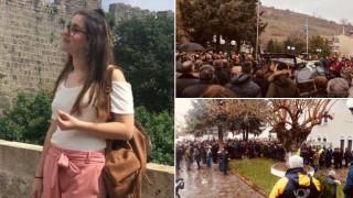 Δολοφονία φοιτήτριας στη Ρόδο: Θλίψη στην κηδεία της 21χρονης