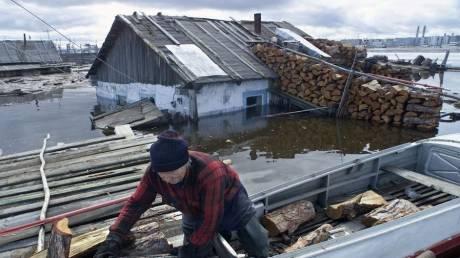 «Πρέπει να προετοιμαστούμε για τα χειρότερα»: Ρωσική πόλη καταρρέει λόγω της κλιματικής αλλαγής