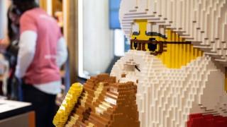 Lego και Sesame Street ενώνουν τις δυνάμεις τους για τα προσφυγόπουλα