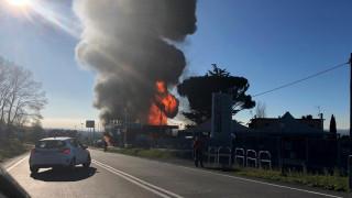 Μεγάλες εκρήξεις σε πρατήριο καυσίμων στην Ιταλία με νεκρούς