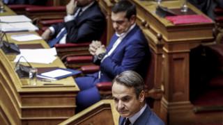 Πόλεμος ανακοινώσεων ΣΥΡΙΖΑ-ΝΔ για τη συνέντευξη Μητσοτάκη στους FT
