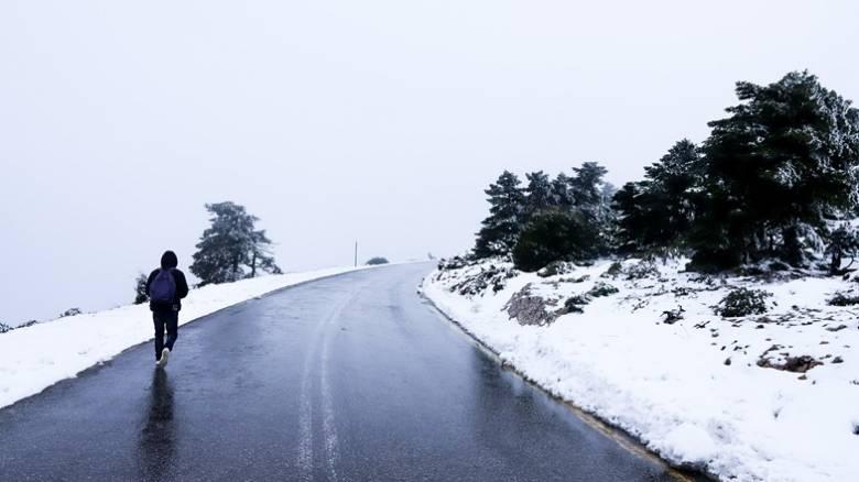 Αλλάζει ο καιρός: Έρχεται κακοκαιρία με ισχυρές καταιγίδες και χιόνια – Πού και πότε θα «χτυπήσει»