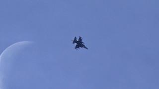 Σύγκρουση αμερικανικών αεροσκαφών: Συνεχίζονται οι έρευνες για τους αγνοουμένους