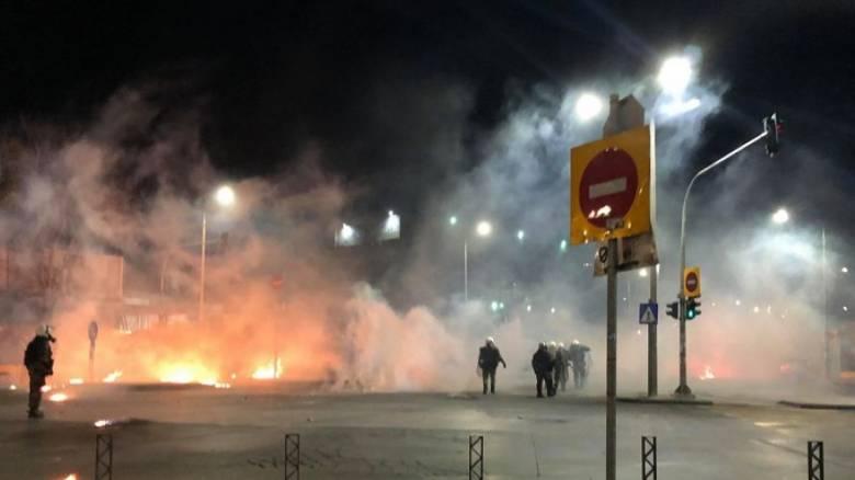 Επέτειος Γρηγορόπουλου: Στις φλόγες εργοτάξιο του μετρό Θεσσαλονίκης