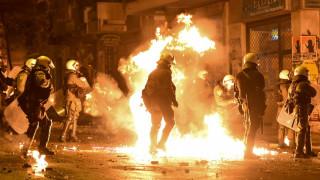 Αθήνα: 13 συλλήψεις για τα επεισόδια στο κέντρο της πόλης - Τρία άτομα στο νοσοκομείο