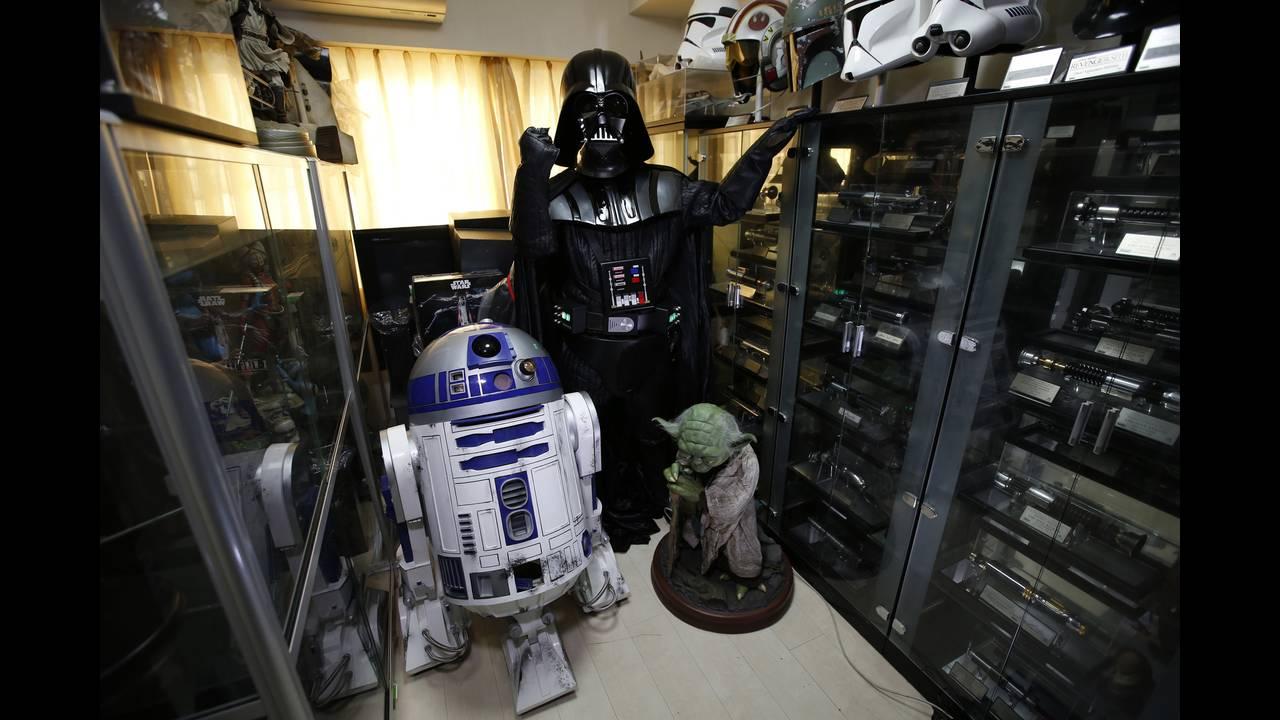 https://cdn.cnngreece.gr/media/news/2018/12/07/157413/photos/snapshot/star-wars-collector4.JPG
