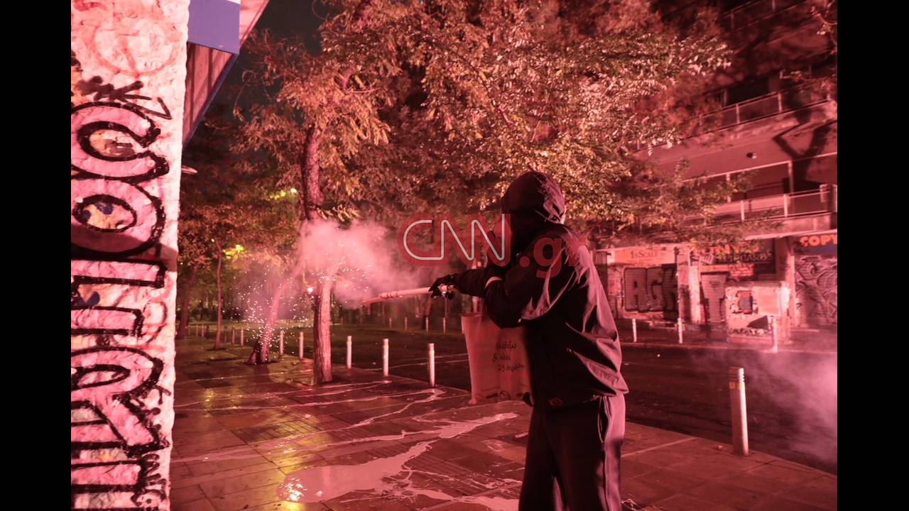 https://cdn.cnngreece.gr/media/news/2018/12/07/157458/photos/snapshot/LP2_7809.JPG