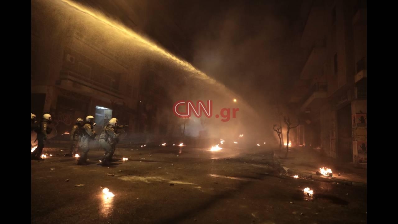 https://cdn.cnngreece.gr/media/news/2018/12/07/157458/photos/snapshot/LP2_8107.JPG