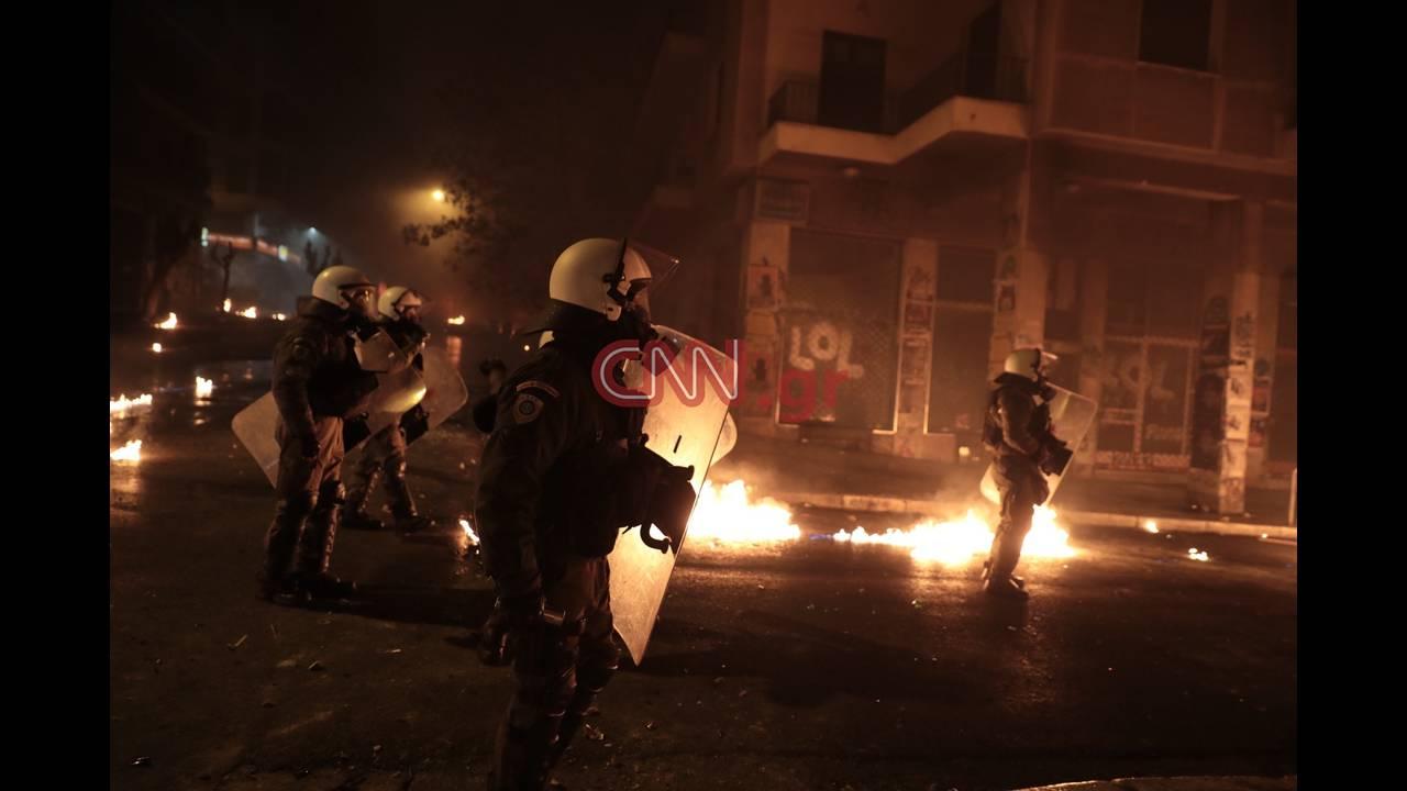 https://cdn.cnngreece.gr/media/news/2018/12/07/157458/photos/snapshot/LP2_8110.JPG