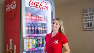 Coca-Cola 3E: Πώς το εργασιακό περιβάλλον μπορεί να γίνει ο καλύτερος πρεσβευτής μιας εταιρείας