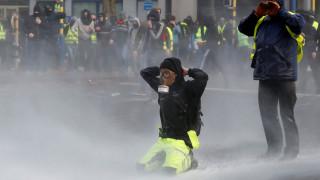 «Κίτρινα γιλέκα» στις Βρυξέλλες: Συλλήψεις 70 ατόμων σε διαδήλωση