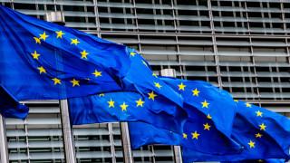 WSJ: Η Ελλάδα το μόνο αισιόδοξο σημείο των προβλέψεων για το τελευταίο τρίμηνο στην Ευρωζώνη
