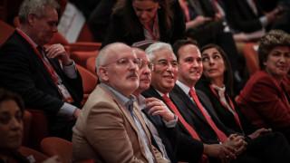 Ο Φρανς Τίμερμανς ο «εκλεκτός» των Σοσιαλιστών για την προεδρία Κομισιόν