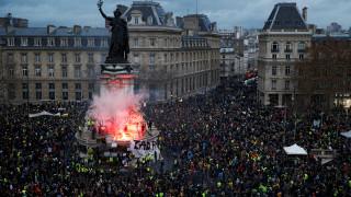 Το Παρίσι καλεί τον Τραμπ να μην αναμιγνύεται στα εσωτερικά της χώρας