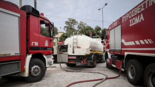Φωτιά σε εργοστάσιο ανακύκλωσης στο Κορωπί