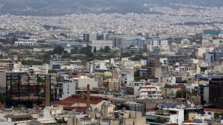 Με «κόφτη» οι μειώσεις στον ΕΝΦΙΑ: Πόσο θα πληρώσουν οι ιδιοκτήτες ακινήτων